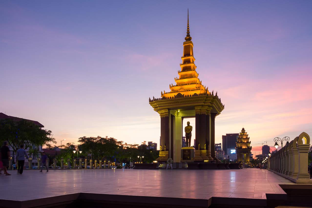 Pomnik Króla w Phnom Penh, Kambodża. Fotografia Maciej Rutkowski