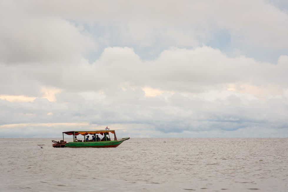 Łódź na Tonle Sap