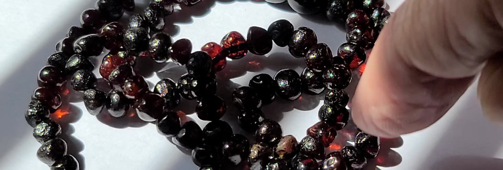 """GORGEOUS 20"""" HANDMADE Blood Amber necklace."""