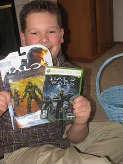 Halo Wars and Master Chief Action Figure Gift