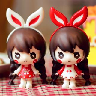 Chibi sasha(Cherry Red/White)