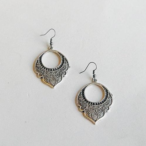 """Antique Silver """"Leaf"""" Earrings"""