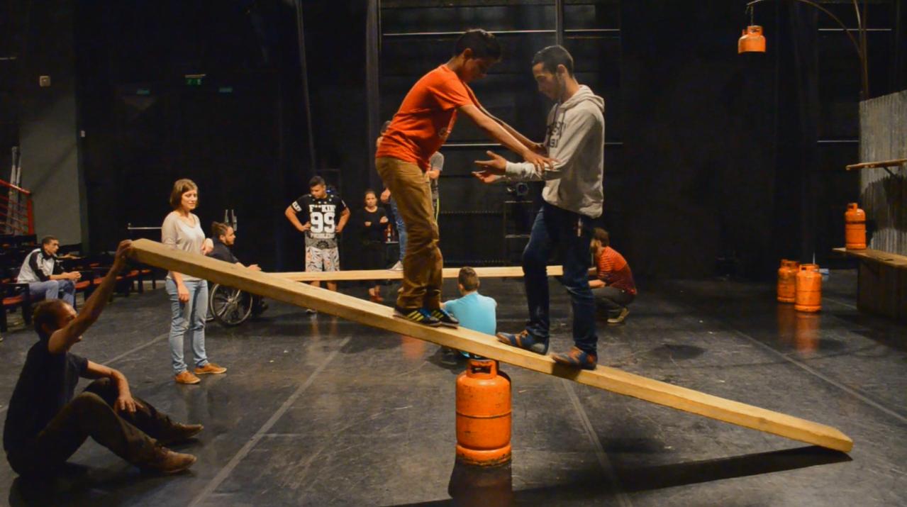 Szociális cirkusz/ Social circus