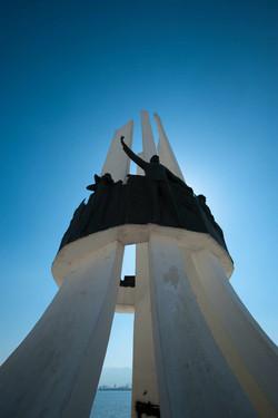 """1973-İzmir-Karşıyaka-""""Atatürk-ve-Kadın-Hakları-Anıtı""""-uygulaması_3"""