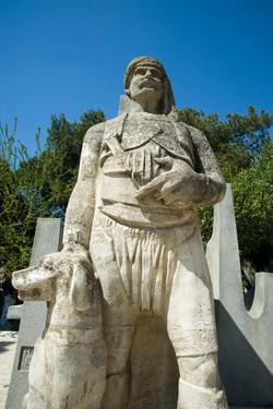 1969-Atçalı-Kel-Memed-anıtı(Detay)