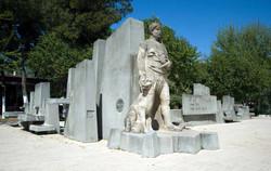1969-Atçalı-Kel-Memed-anıtı