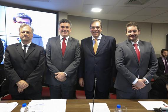 Dr. Jarbas Machioni, Dr. Fábio Canton, Dr. Luiz Flávio D´urso e Dr. Flavio Paschoa