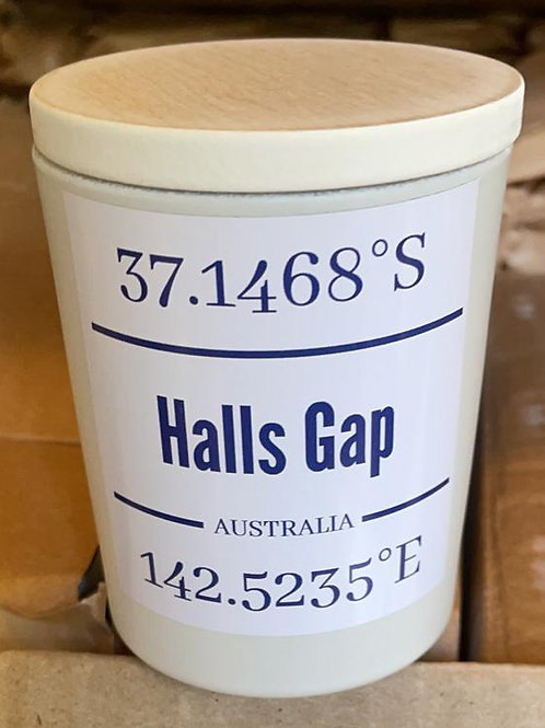 Halls Gap destination candle