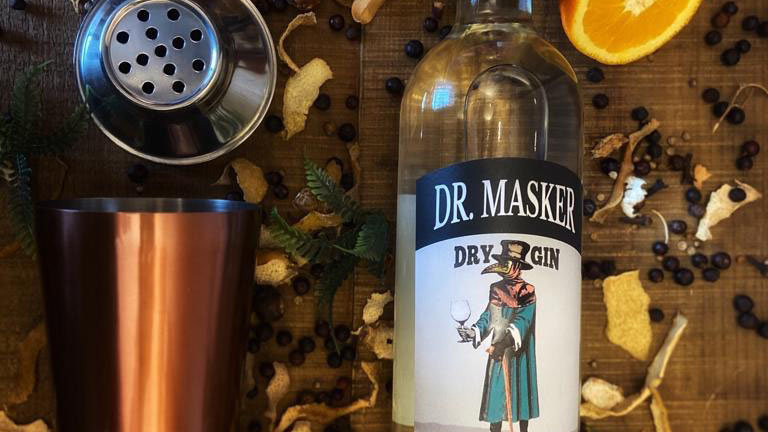 Pack Gin Dr. Masker + Coctelera y Botánico