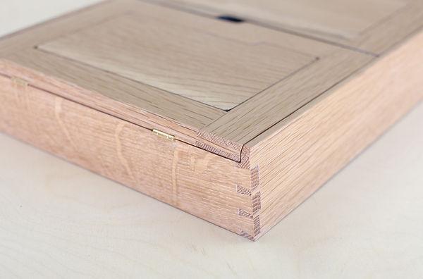 bloodroot box(2) quarter sawn oak (2 of