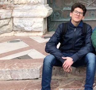 """L'alunno Lorenzo Macaluso in finale nazionale al concorso letterario """"Sicilia, cornice di s"""