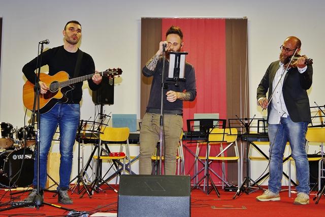 Solo Strings trio