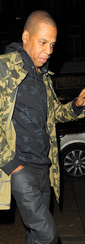 1413587808143_wps_30_Beyonce_and_Jay_Z_s