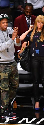 New-York-Knicks-game-November-2012-Jay-Z