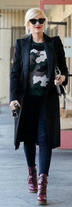 Gwen-Stefani-camo-sweater.jpg