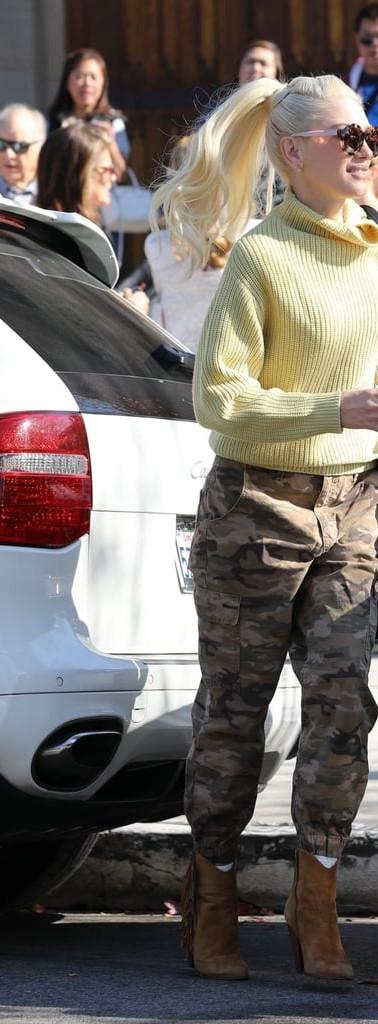 Gwen-Stefani-Cargo-Camo-Pants.jpg