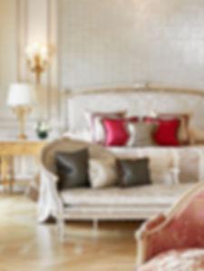 Le-Meurice-Junior-Suite-Tuileries-portra