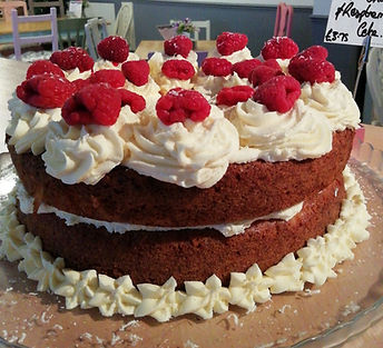 White Chocolate & Fresh Raspberry Cake