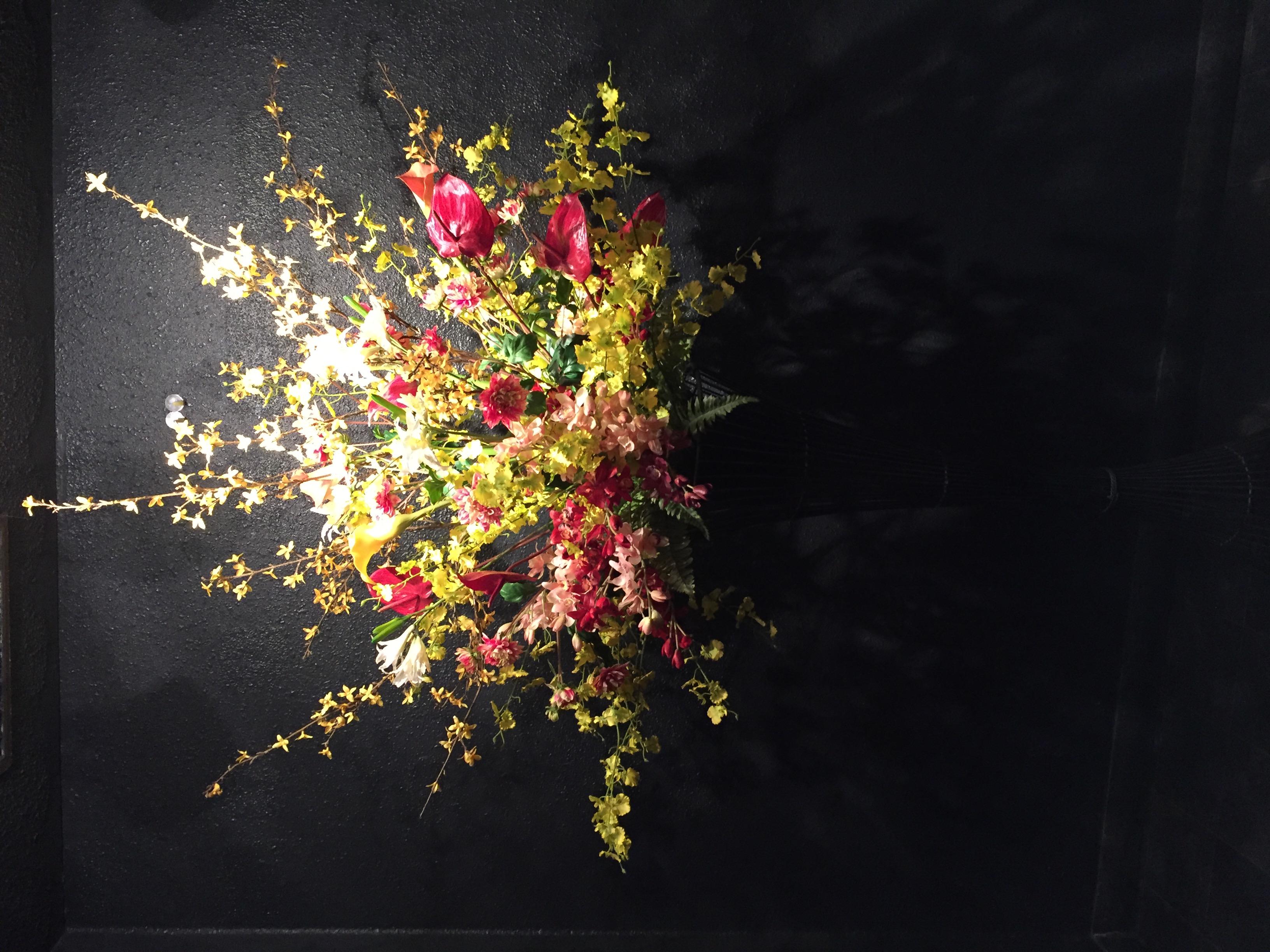 中州 クラブ友禅様 エレベーターホールの花