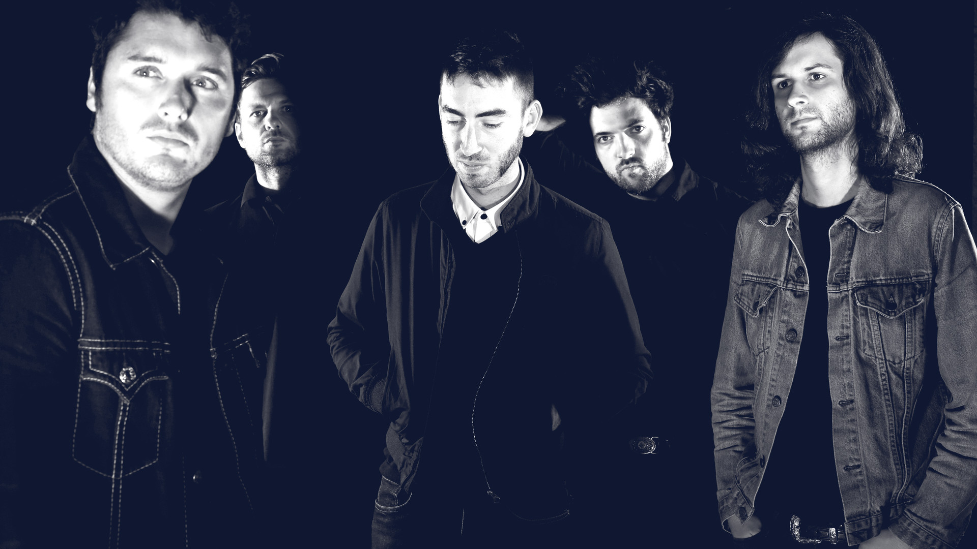 Bigger, rock music from France, Kevin Twomey, Damien Felix, Benjamin Muller, Antoine Passard, Mike Prenat