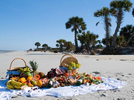 На пляжах ГОА снова разрешат пить алкоголь.
