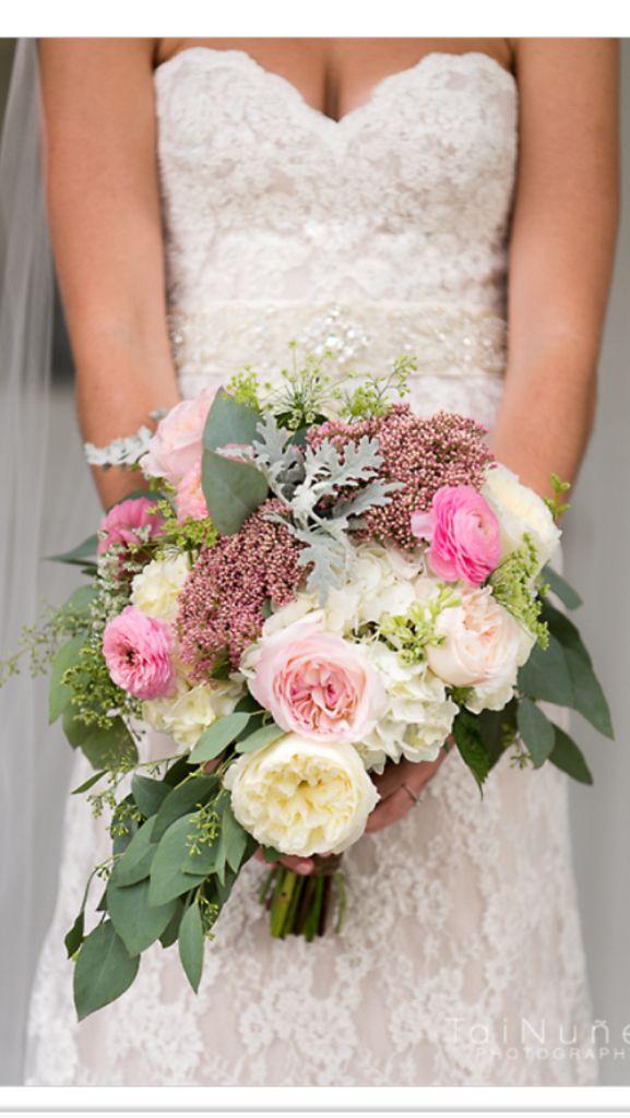 Brides bouquet Tallahassee florist