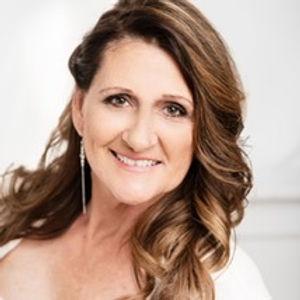 Meet Caroyln with Fairytale Event Rentals