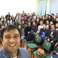 Palestra sobre Fisioterapia Neurofuncional para as Turmas de Fisioterapia da Faculdade IDEAU, Getúlio Vargas/RS.