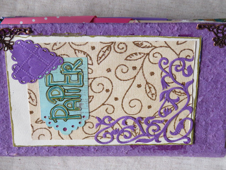 Altered Book 2018-001  Papier / Paper