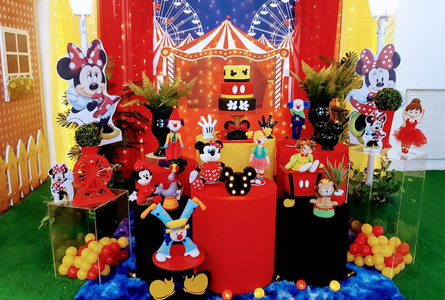 Minie no Circo