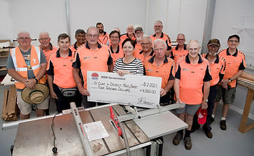 Mrs Tanya Davies presenting a cheque