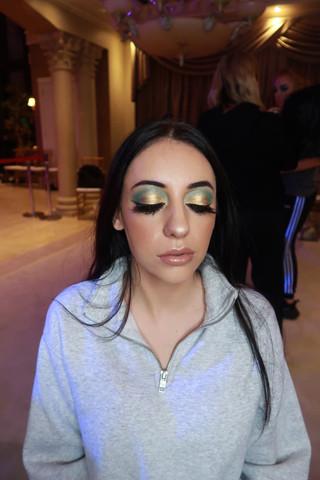 Celo Makeup