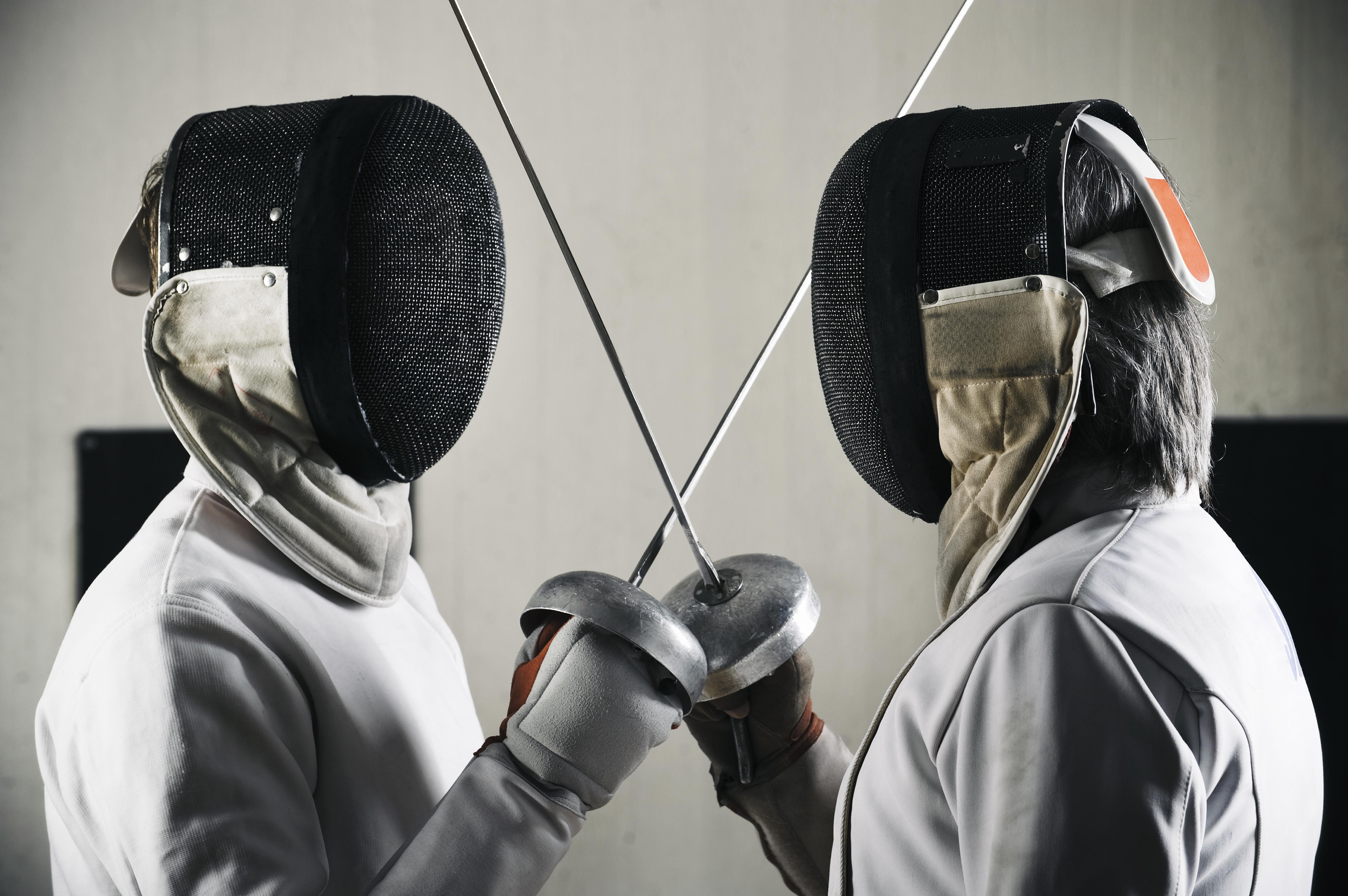 Dueling Fencers
