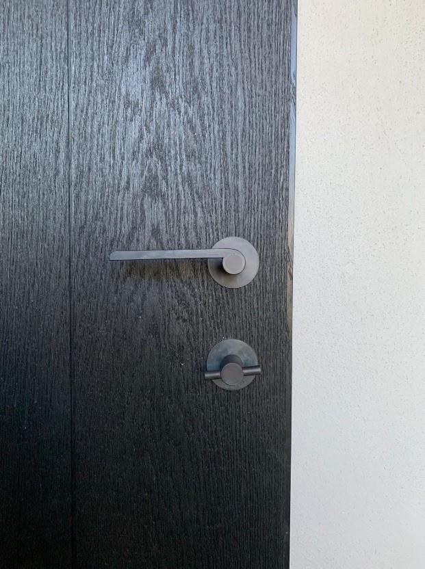 Doorhandle and thumbturn lock Azzari