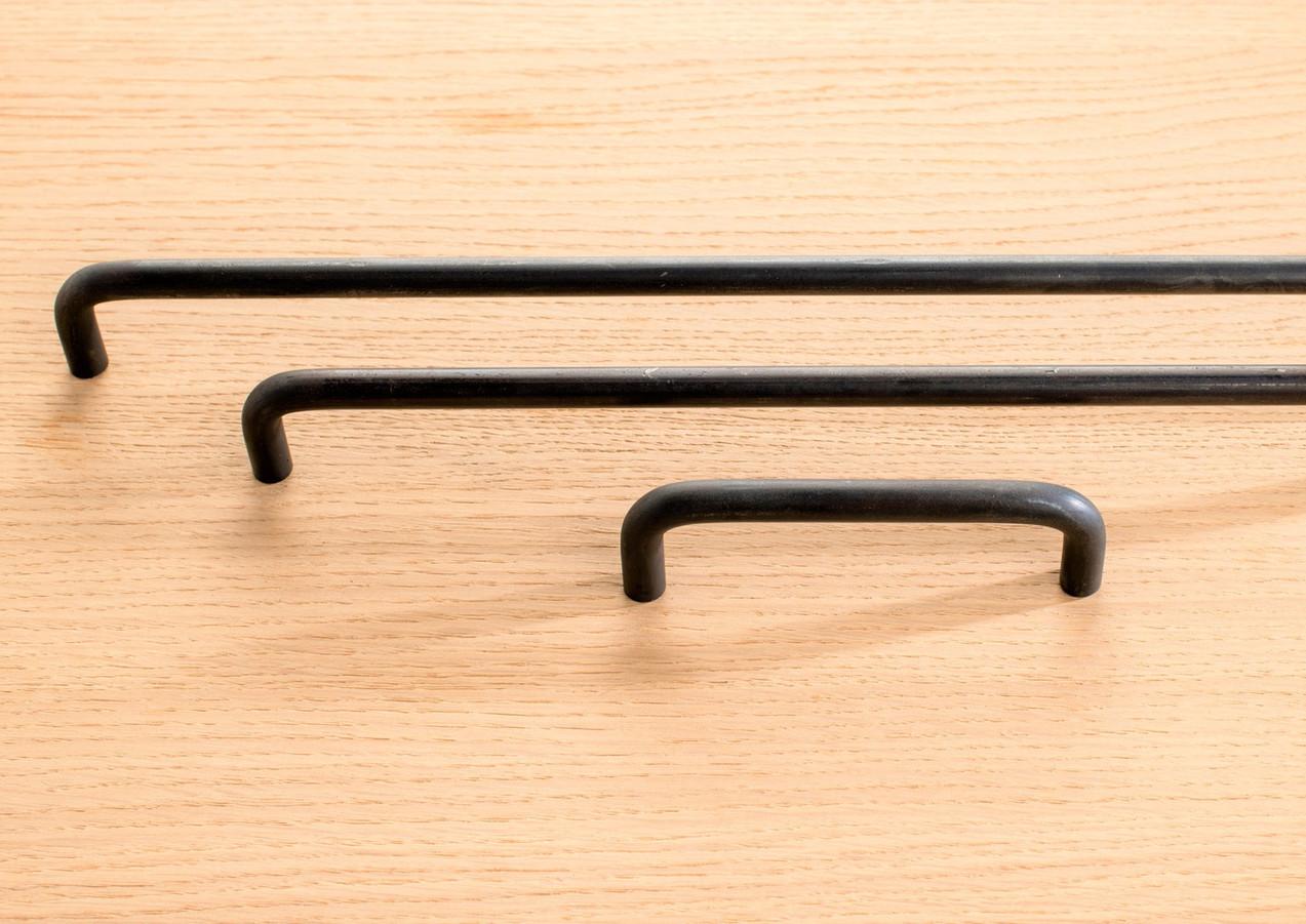 Azzari pull bar rounded