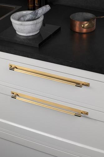 Linear bar plate Brass