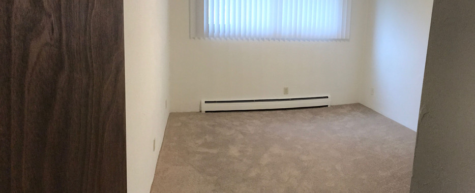 bedroom-compressor.jpg