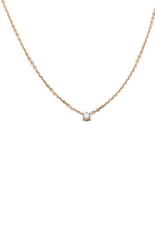 A teeny-tiny diamand necklace