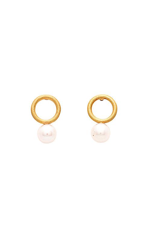 18krt yellow gold pearl earrings
