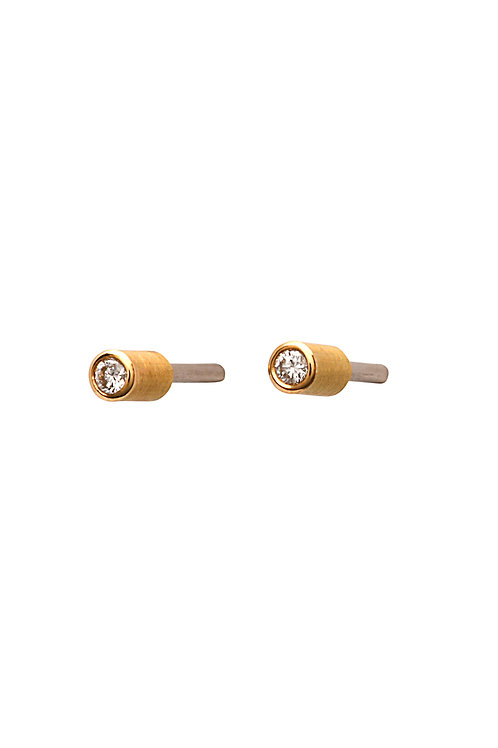 18krt yellow gold earrings with 0,04ct diamond
