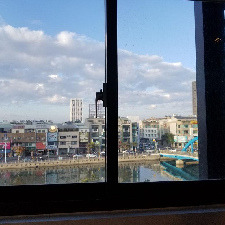 canal view, popinn