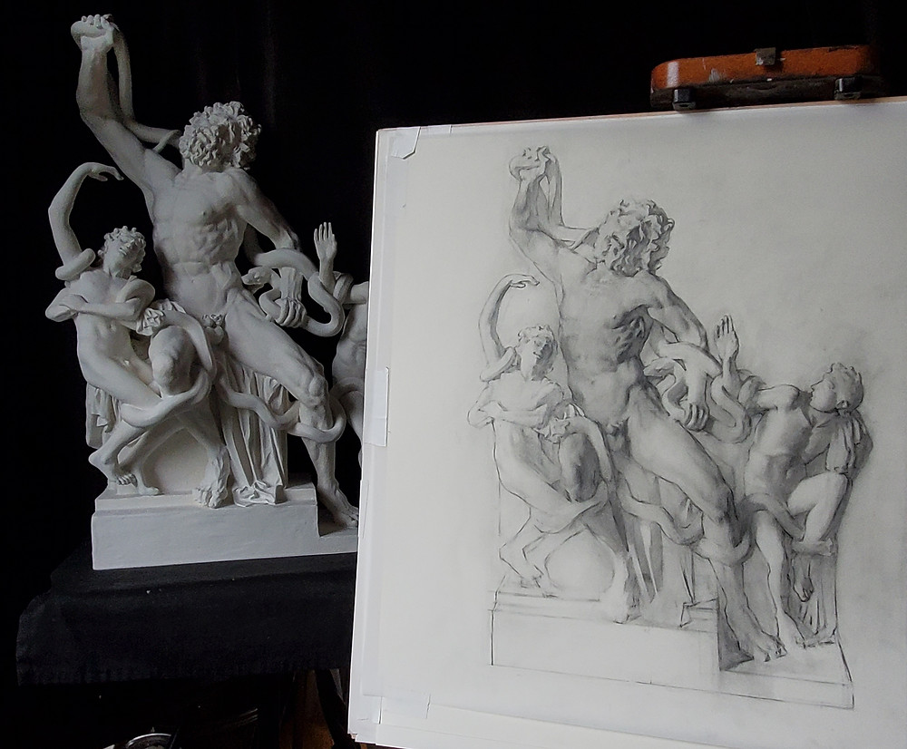 Shaded drawing of the Laocoon Statue in graphite by Sadie Valeri