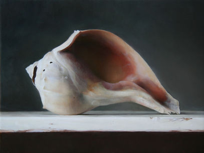 sadie-valeri_conch-shell_9x12_oil-on-pan