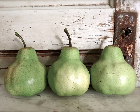 Kitchen & Bath Wall Decor • Pear Trio
