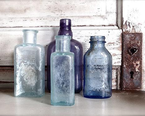 Kitchen & Bath Wall Decor • Bottles