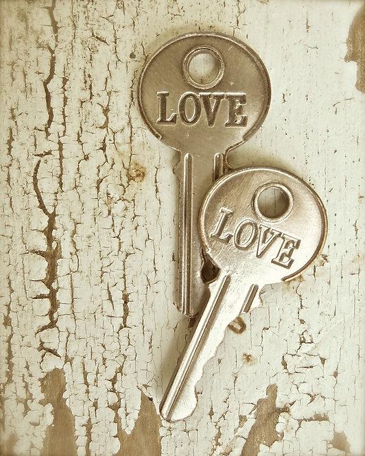 Farmhouse Wall Decor • The Key To Love