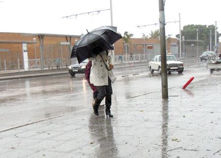 الطقس اليوم الاثنين.. أجواء غائمة مع نزول أمطار أو زخات مطرية أحيانا رعدية في هذه المناطق