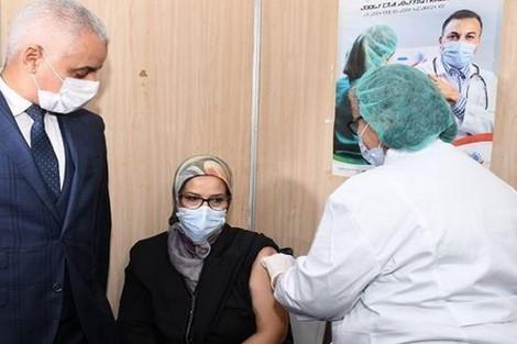 كوفيد-19..وزارة الصحة تقرر توسيع قاعدة المستفيدين من حملة التلقيح