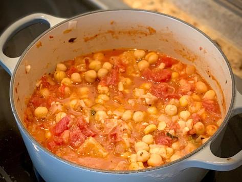 Creamy Tomato Basil Chickpeas