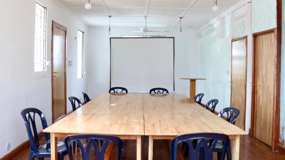 Kpatawee Falls Conference Room
